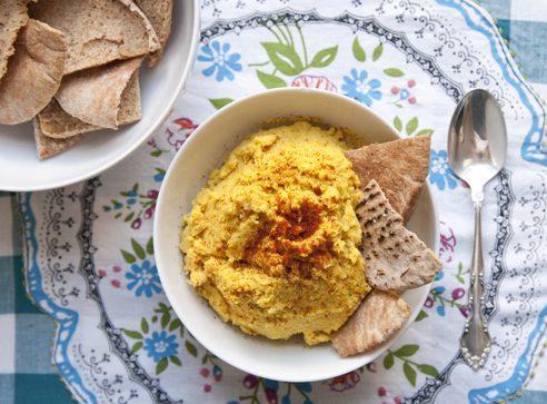 EASY 10-Ingredient Moroccan Hummus Recipe | picklesnhoney.com #moroccan #hummus #recipe #vegan #glutenfree