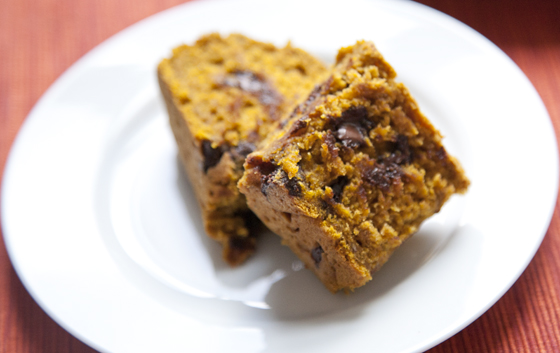 chocolate_chip_pumpkin_bread