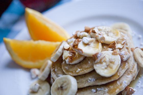Favorite Vegan Pancakes | picklesnhoney.com #vegan #pancakes #recipe
