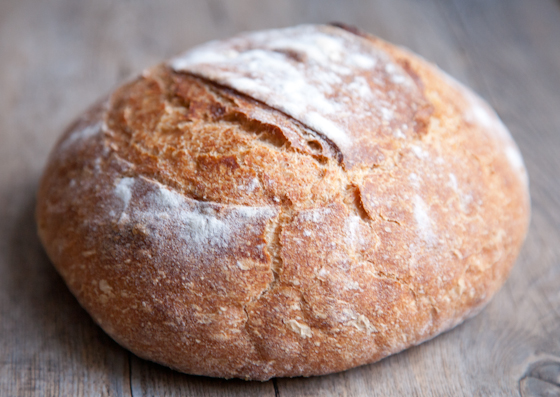 Simple Rustic Bread Recipe! A great beginner recipe for homemade bread. | picklesnhoney.com #rustic #bread #recipe #vegan