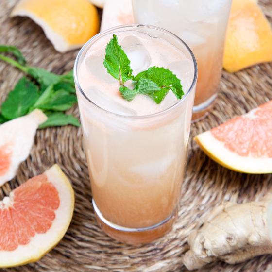 Grapefruit Rum Spritzer