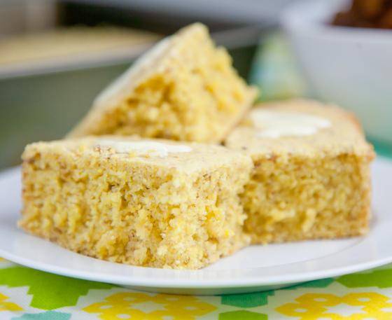 Simple Vegan and Gluten-Free Cornbread | picklesnhoney.com #cornbread #vegan #glutenfree