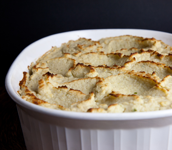 Vegan Shepherd's Pie with Mock Mashed Potato Topping | picklesnhoney.com #vegan #shepherdspie #casserole #recipe