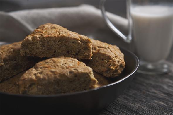 Carrot Cake Scones (Vegan, Gluten-Free, Low-Glycemic) | picklesnhoney.com