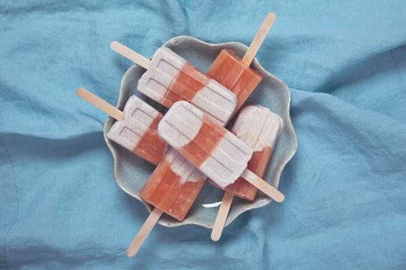 Pink Grapefruit Vanilla Bean Creamsicles (Vegan) | picklesnhoney.com