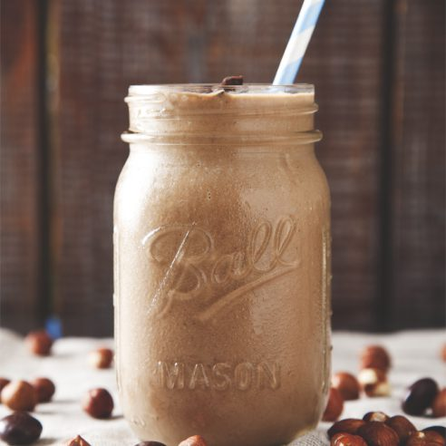 Protein-Packed Vegan Nutella Smoothie + Vega Giveaway! | picklesnhoney.com