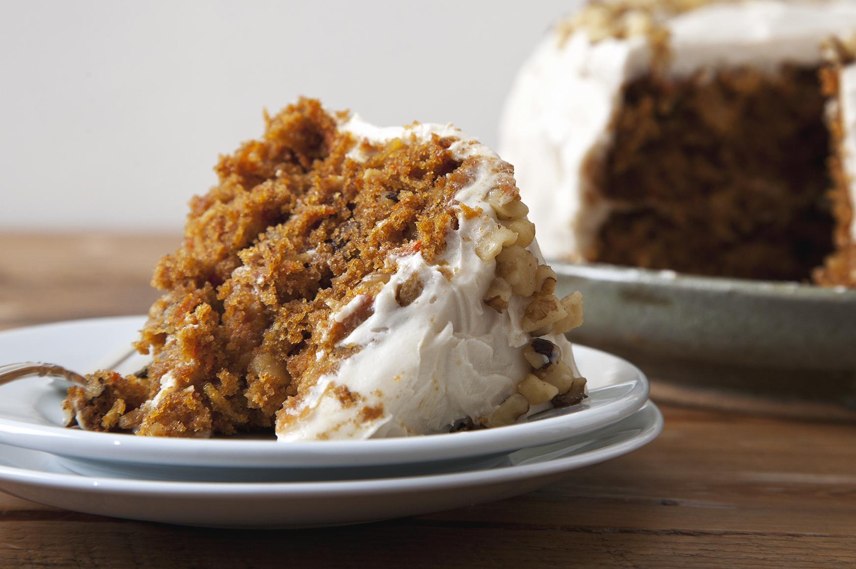 Hippie Vegan Carrot Cake with Pineapple & Cream Cheese Frosting! | picklesnhoney.com #vegan #carrotcake #cake #dessert #pineapple #recipe