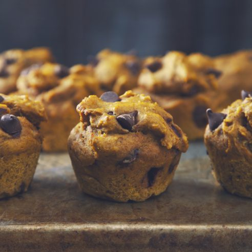 Peanut Butter Chocolate Chip Pumpkin Muffins (Vegan) | picklesnhoney.com