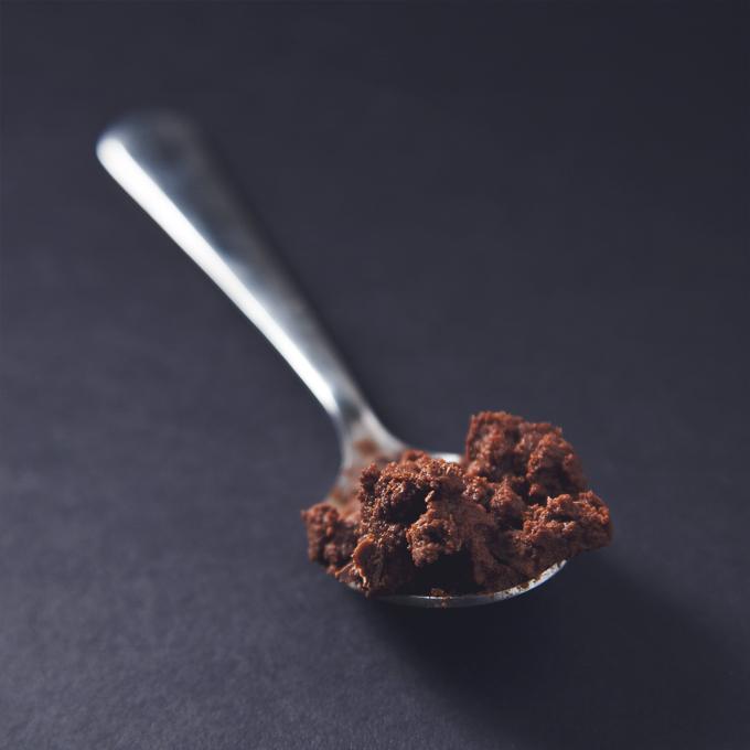 Double Dark Chocolate Chickpea Dip (Vegan, GF, Low-Glycemic) | picklesnhoney.com