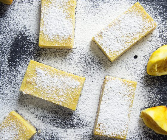 Gluten-Free Vegan Lemon Bars (Refined Sugar-Free, Grain-Free) | picklesnhoney.com