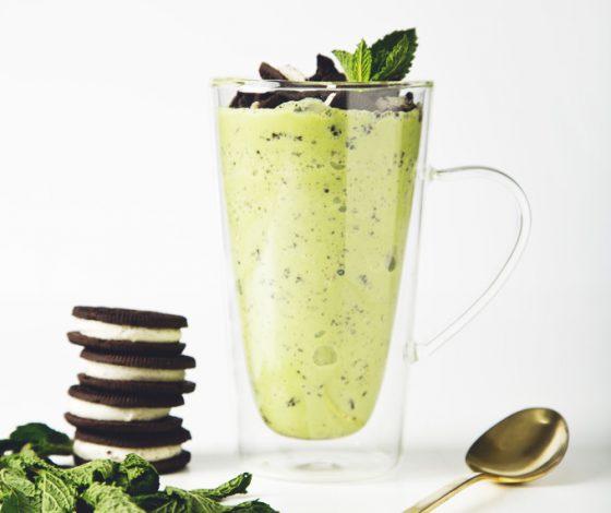 Vegan Mint Oreo Blizzard | picklesnhoney.com