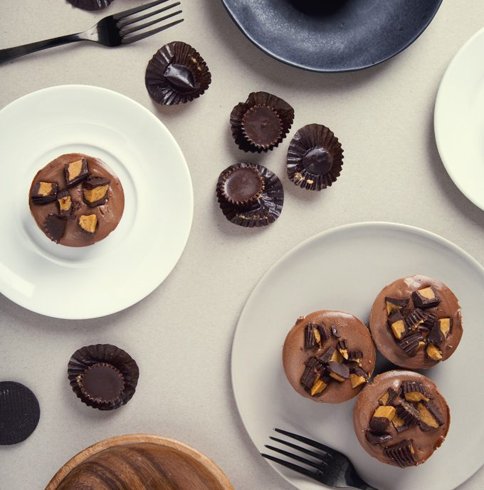 No-Bake Mini Peanut Butter Cup Vegan Chocolate Cheesecakes   picklesnhoney.com