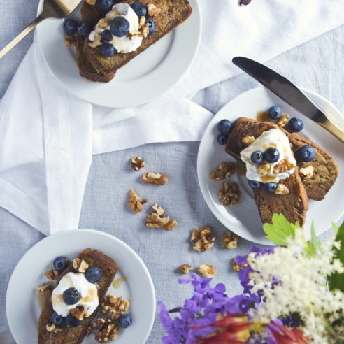 Vegan & GF Banana Bread French Toast   picklesnhoney.com   #vegan #glutenfree
