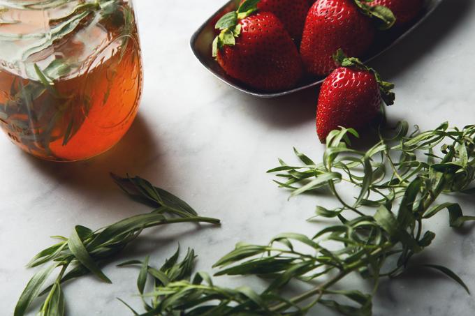Strawberry Tarragon Shrub Sodas | picklesnhoney.com #recipe #soda #cocktail #drink