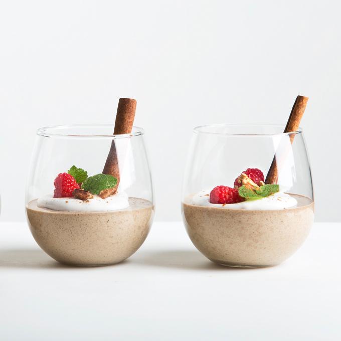 5-Minute Spiced Vanilla Protein Pudding | picklesnhoney.com #vegan #glutenfree #pudding #rebbl