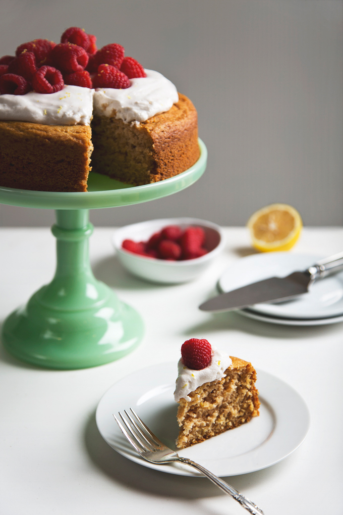 Simple Vegan Lemon Yogurt Cake with Lemon Cream Frosting | picklesnhoney.com #vegan #yogurt #cake #lemon #dessert