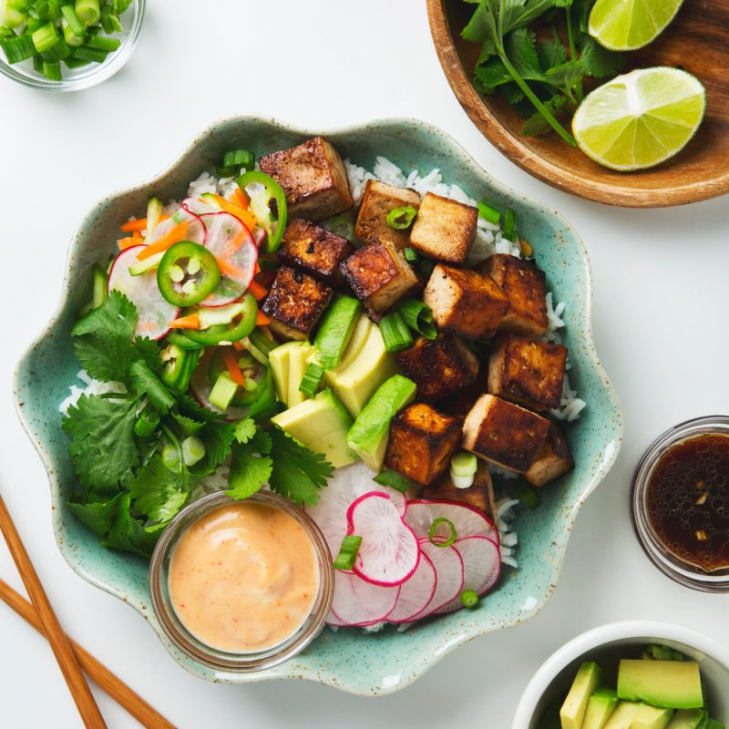 Tofu Banh Mi Bowls with Quick Pickles | picklesnhoney.com #vegan #banhmi #recipe