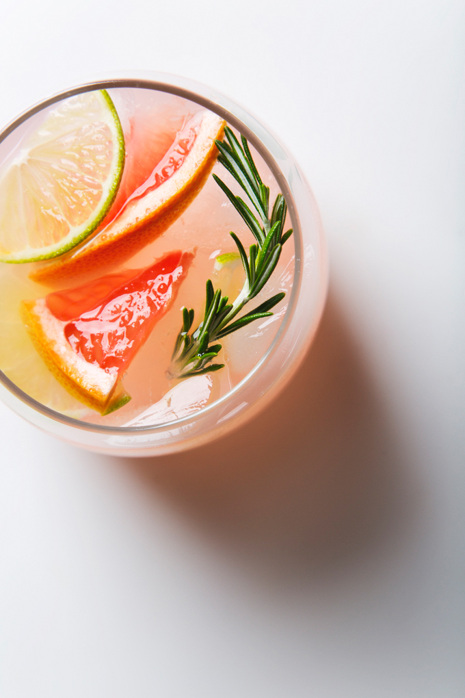 How to Make Water Kefir: a simple step-by-step guide | picklesnhoney.com #vegan #kefir #recipe