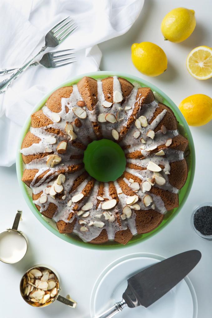 Lemon Poppyseed Bundt Cake | picklesnhoney.com #vegan #dessert #lemon #poppyseed #bundt #cake #recipe