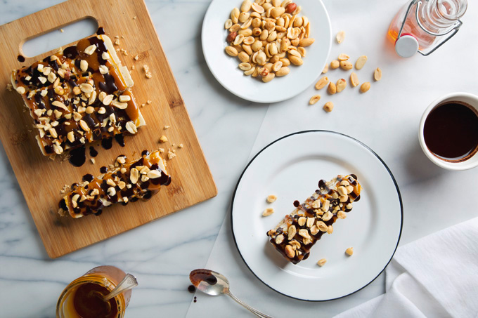 No-Bake Vegan Snickers Cheesecake Bars | picklesnhoney.com #vegan #snickers #cheesecake #dessert #recipe #glutenfree