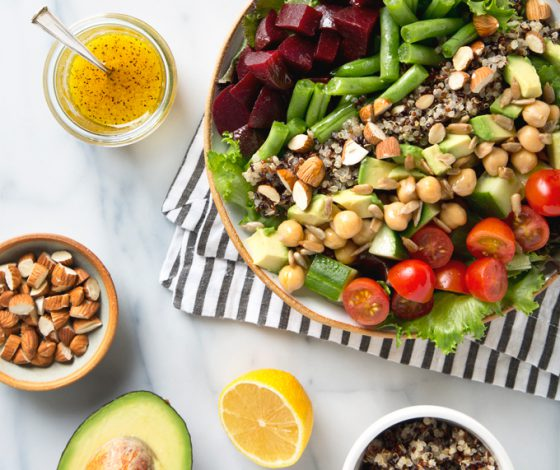15 Minute Vegan Cobb Salad | picklesnhoney.com #vegan #cobb #salad #recipe #lunch #dinner #glutenfree