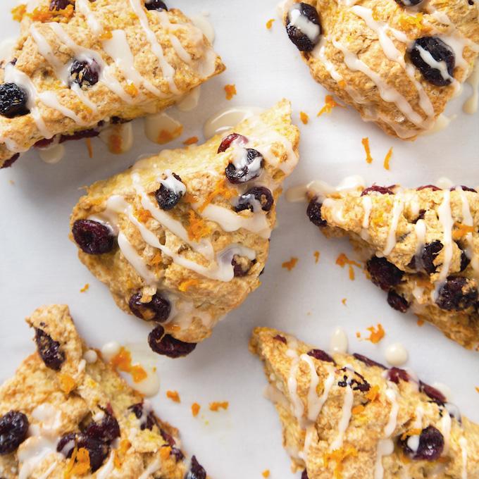 Simple Vegan Cranberry Orange Scones | picklesnhoney.com #scones #cranberry #orange #vegan #recipe #breakfast #brunch