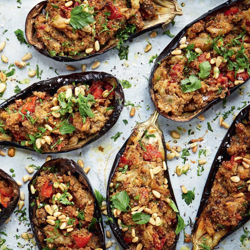 6-Ingredient Vegan Stuffed Eggplant! Recipe from Deliciously Ella #vegan #eggplant #quinoa #recipe #lunch #dinner